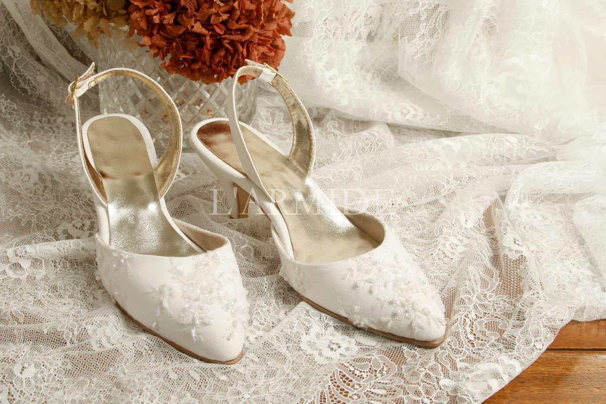 zapatos-de-novia-kitten-heels-encaje-bordado-color-blanco-buenos-aires-argentina-larmide-1200-_MG_3514.jpg